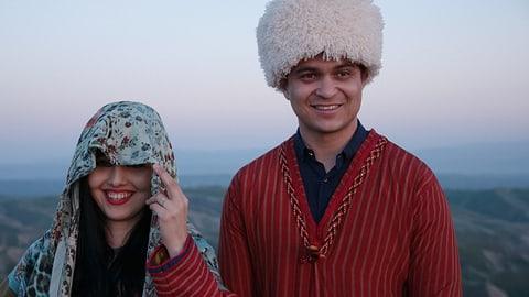 Video «Eine turkmenische Hochzeit – Unterwegs in Irans Nordosten» abspielen