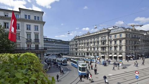 Der Finanzplatz Zürich ist um 2300 Stellen ärmer (Artikel enthält Video)