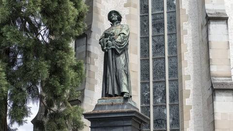 Der geharnischte Geistliche (Artikel enthält Audio)