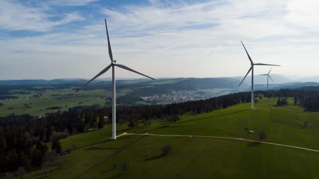 Auch Freiburg will bald Windkraftwerke wie im Jura bauen