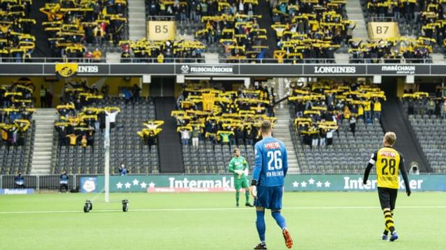 Die Freude der Fussballfans war nur von kurzer Dauer: Es dürfen wieder nur 1000 ins Stadion.