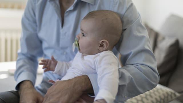 ie Uni bestätigt, dass bald eine Verlängerung der Vaterzeit geplant sei