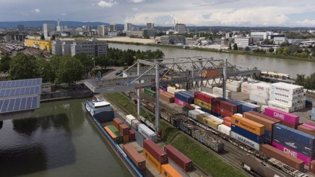 Stimmvolk entscheidet über die Zukunft des Hafens