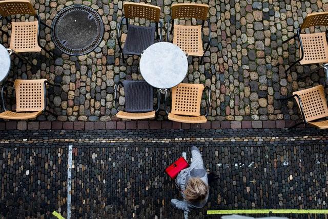Leeres Café in Freiburg