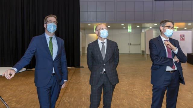 Baschi Dürr (mitte) muss in den 2. Wahlgang. Cramer und Engelberger sind bereits gewählt