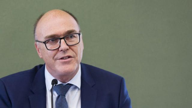 Regierungsrat Martin Pfister verteidigt die föderalistischen Strukturen in Sachen Corona