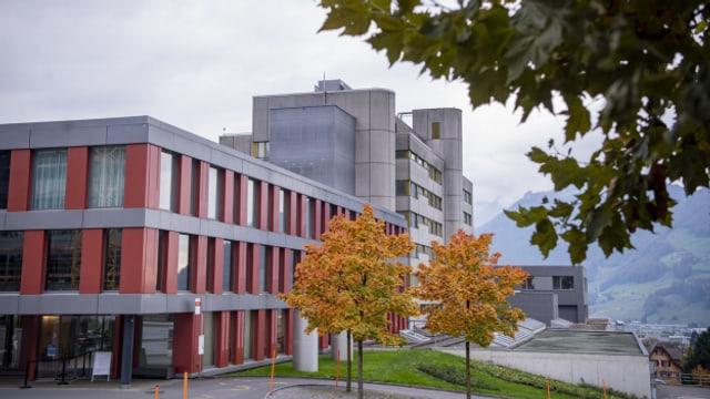 Das Spital Schwyz kam wegen Corona an die Grenzen.