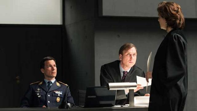 Das interaktive TV-Experiment: SRF zwei strahlt am Montagabend ab 20 Uhr den Film «Terror – Ihr Urteil» aus.