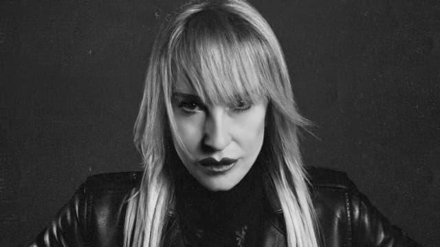 Natacha präsentiert sich auf ihrem neuem Album «Alles Drby» von ihrer rockigen Seite