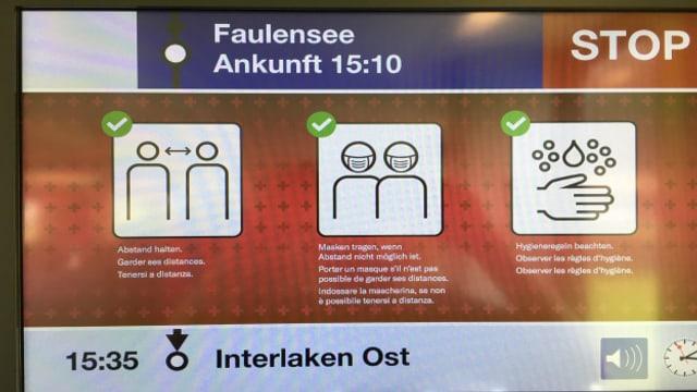 Im öffentlichen Verkehr omnipräsent: Hygieneregeln
