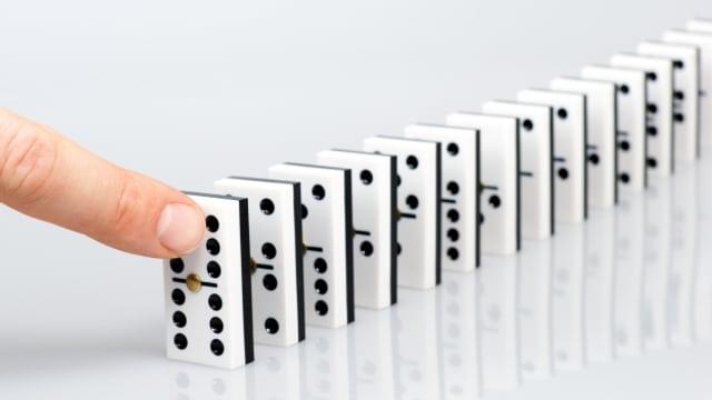 Den ganzen Tag spielen wir auf SRF 1 Themen-Domino.