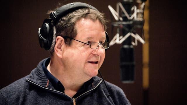 Hanspeter Müller-Drossaart als Rabbi Klein in «Im Tal der Gebeine».