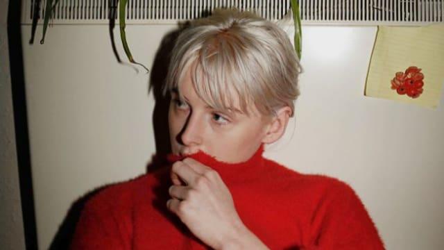 «Lustig ist ja, dass heute alle Künstlerinnen isoliert zu Hause sitzen und Musik schreiben. Damals dachte ich noch, ich tue etwas einzigartiges, haha!» Fenne Lily.