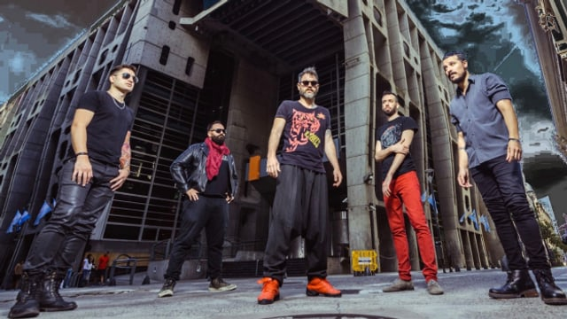 Tango Punk, auch das gibt es! El Cachivache Quinteto aus Argentinien, hier auf dem Cover ihrer neusten Single «Berlin Oriental». Ihr Markenzeichen: die energiegeladene Live-Show. Wegen Corona haben auch sie für die Tango-Szene um Spenden gebeten.