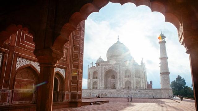 Taj Mahal: Das gigantische Mausoleum ist manchen Hindu-Nationalisten nicht indisch genug.