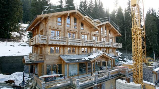 Luxus-Chalets im Wallis: Verbirgt sich hinter der Fassade eine illegale Sauna?