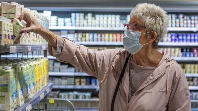 Maskenpflicht in Läden: Das gilt jetzt in allen Westschweizer Kantonen.
