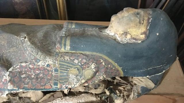 Die Mumie von Brissago reist nach Neuenburg für eine Restaurierung.