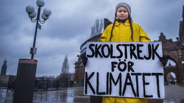 """""""Skolstrejk för Klimatet"""" - Schulstreik fürs Klima, das Motto der schwedischen Umweltaktivistin Greta Thunberg."""