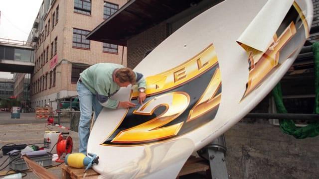 Am 5. Oktober 1998 ging Tele24 erstmals auf Sendung.