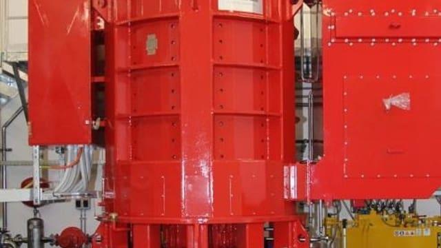 Die Peltonturbine mit Generator