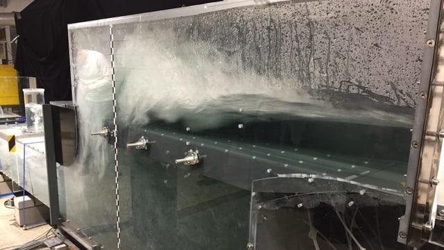 Ein Herzstück des Stollens: Die Tos-Kammer: Hier wird das tosende Wasser gebremst, von 55 auf 4 km/h.