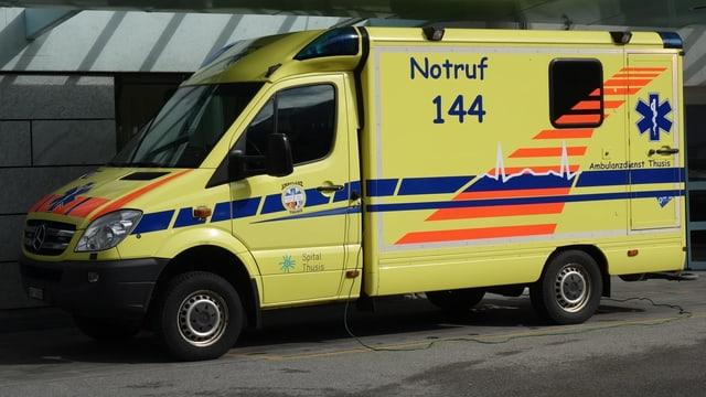 In auto d'ambulanza da Tusaun.