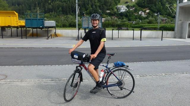 Reto Fehr (35) sin tura tras la Svizra.