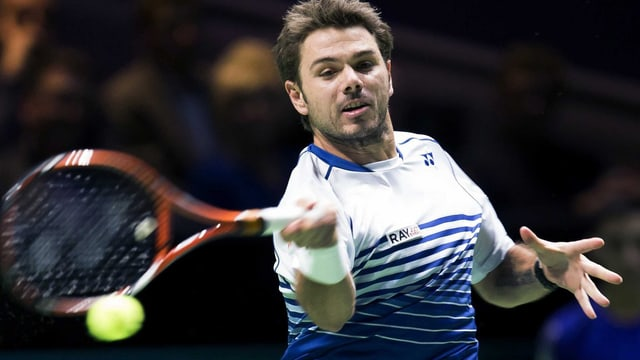 Stan Wawrinka schlägt am ATP-Turnier in Rotterdam eine Vorhand.