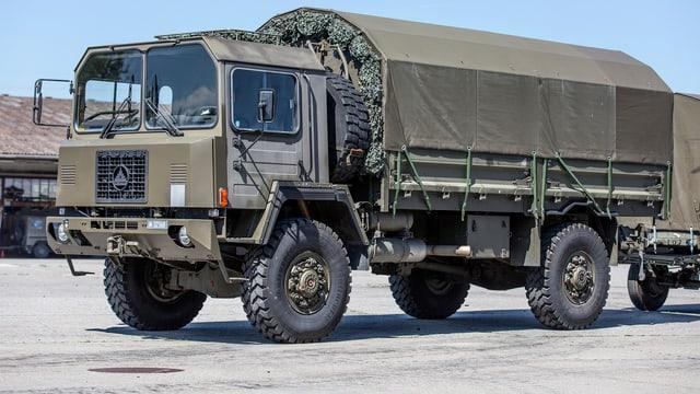 Ein Lastwagen der Schweizer Armee.