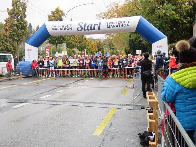 Start eines Marathons.