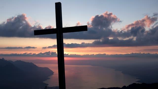 Crucifix sin in culm.