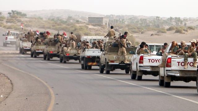 Jemenitische Regierungstruppen wollen Hudaida zurückerobern.