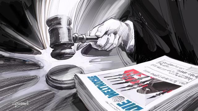 Richter haut mit Hammer auf Tisch, daneben liegt eine Ausgabe der Zeitschrift «Die Weltwoche».