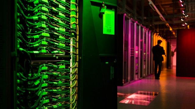 Il supercomputer Blue Gene Q.