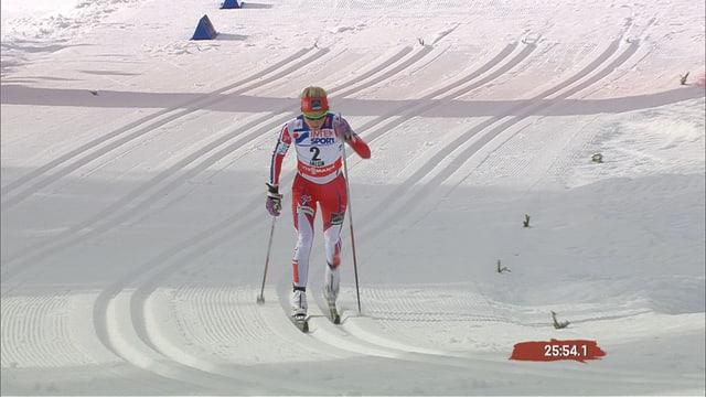 Therese Johaug alleine in Führung