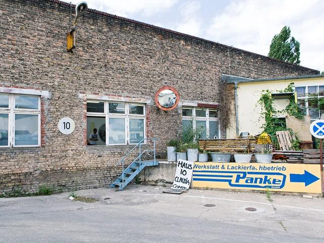 Ein Garagenareal im Norden Berlins.
