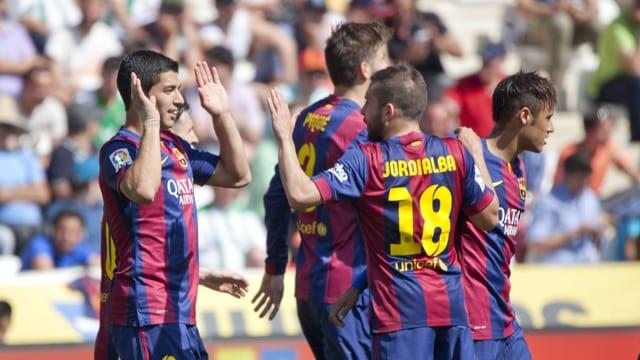 Barcelona jubelt in Cordoba nach einem von insgesamt acht Toren.