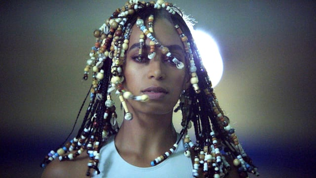 Solange in «Don't Touch My Hair».