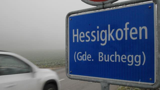 Ortstafel Hessigkofen.