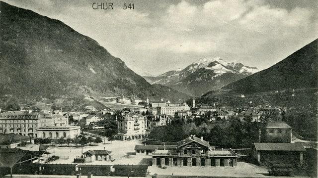 Il maletg mussa la staziun da Cuira l'onn 1905.