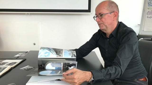 Mathias Grünenfelder, der letzte Direktor der WSB, schwelgt in Erinngerungen. Heute ist er Vizedirektor von Aargau Verkehr.