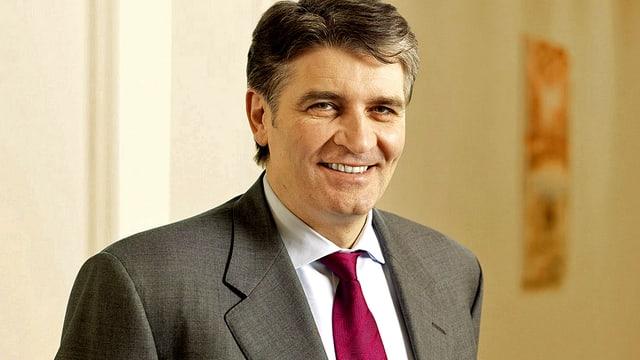 Portrait des früheren UBS-Spartenchefs Raoul Weil.