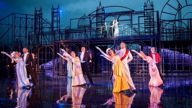 Ballszene im Musical «My Fair Lady»