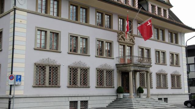 Regierungsgebäude des Kantons Schwyz.
