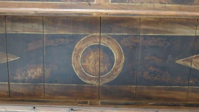 Balken mit Holzmuster