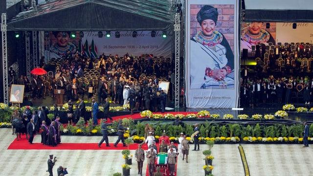 Funeral statal per Winnie Mandela.