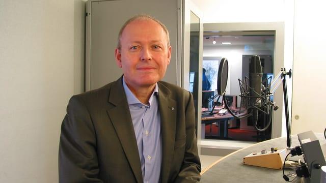 Josef Widmer im Studio Luzern