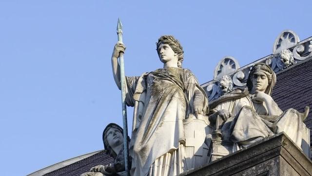 Statua da la Helvetia sin in bajetg.