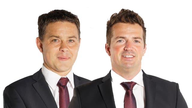 Foto mit Matthias Berner und Pascal Müller im Anzug.